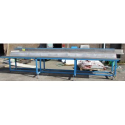 5.6m Packing Table
